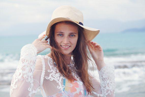 sukienka plażowa koronka