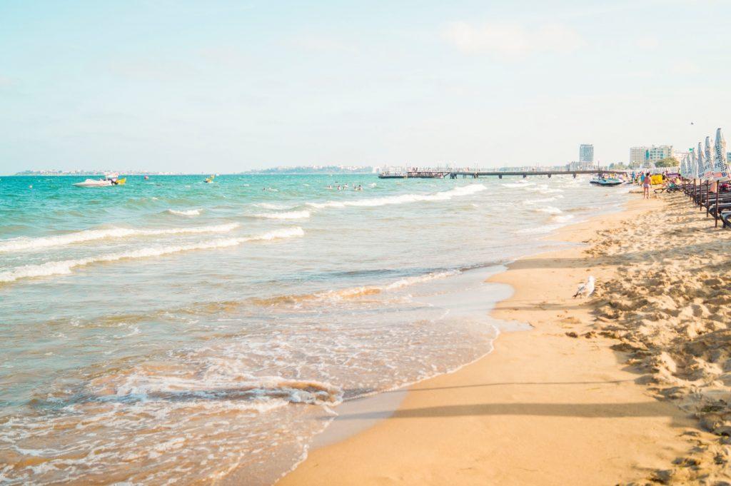 słoneczny brzeg plaża